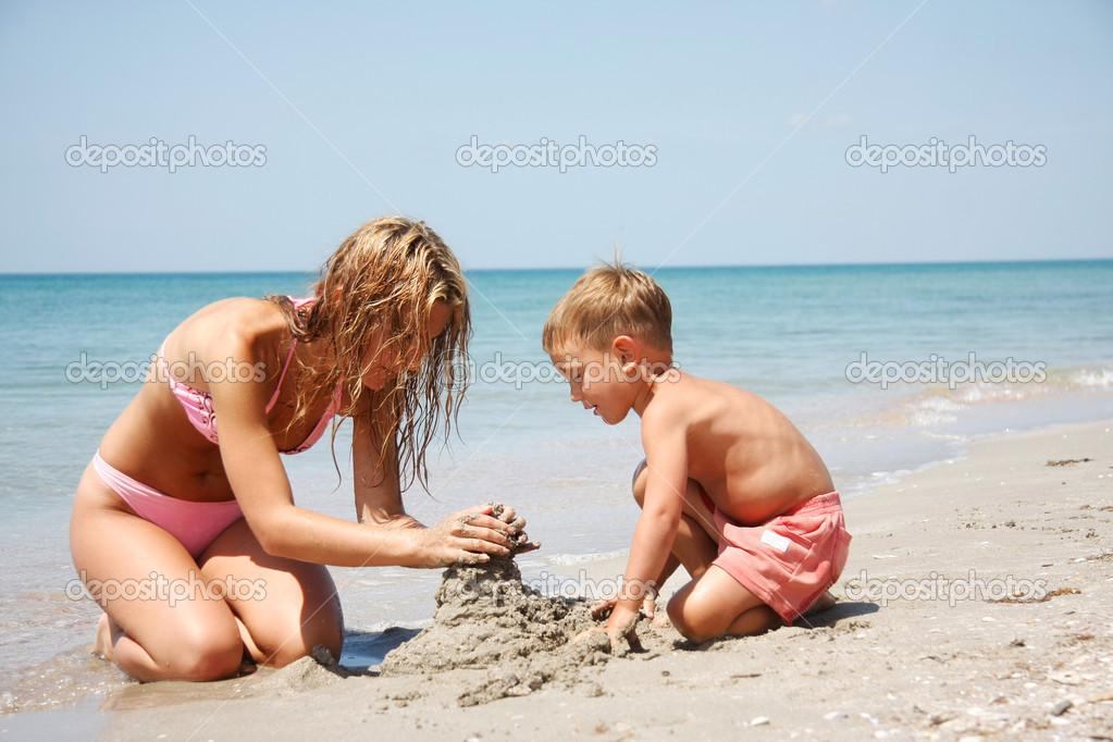 www фото нудистов голая семья ру