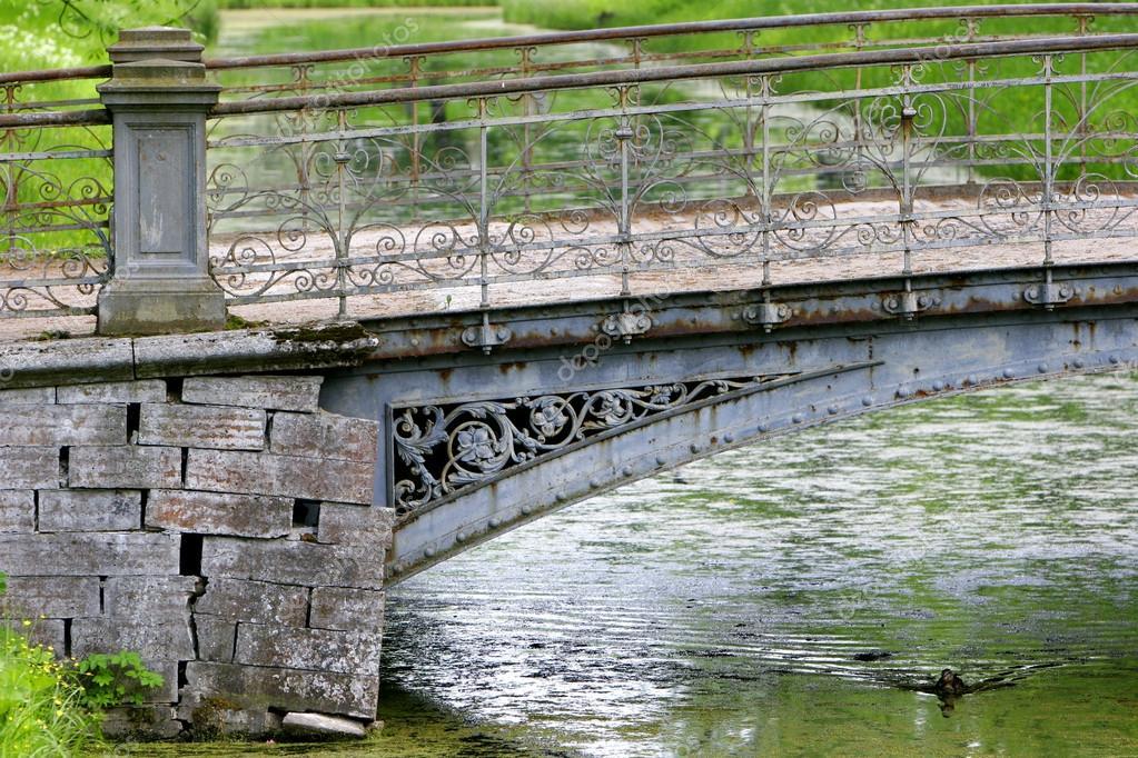 Фото старого моста в софпороге