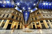 Fotografia Umberto i galleria di notte, Napoli, Italia