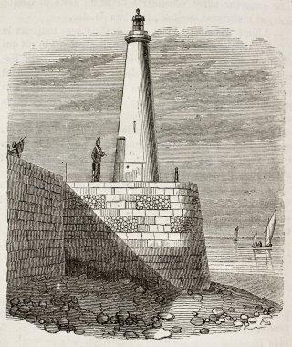 Honfleur lighthouse