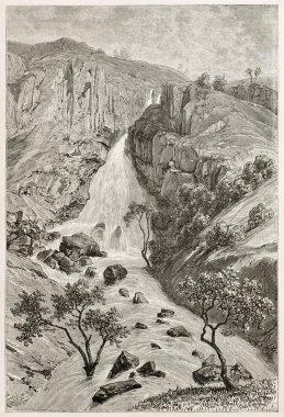 Davenzout waterfalls