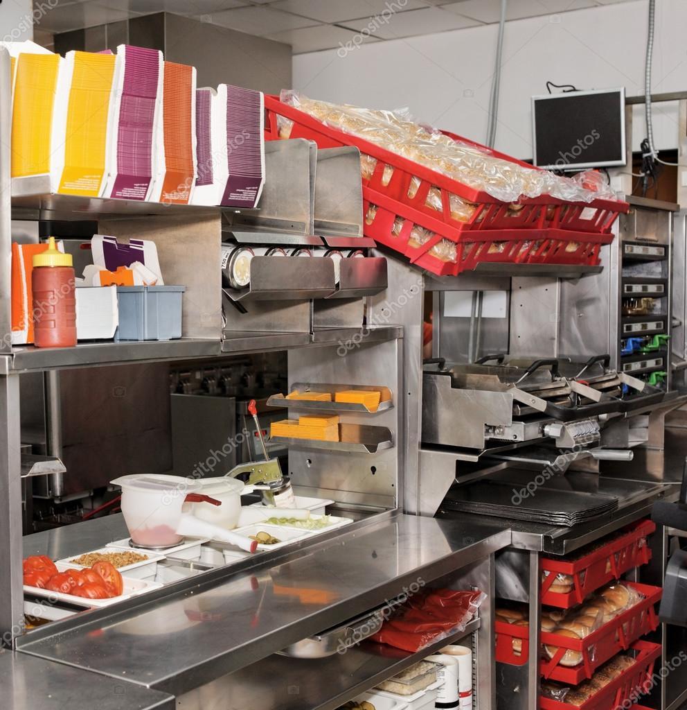 Serreitor 12812955 - Stock cuisine saint priest ...