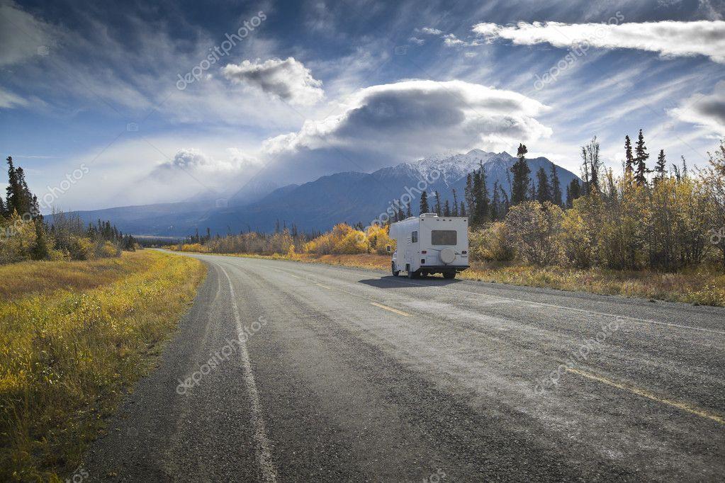 Alaska Highway bei Destruction Bay
