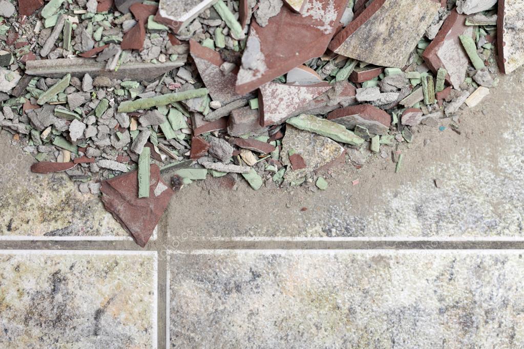 Fußboden Aus Alten Ziegeln ~ Nahaufnahme eines alten haufens ziegel fußboden fliese u2014 stockfoto