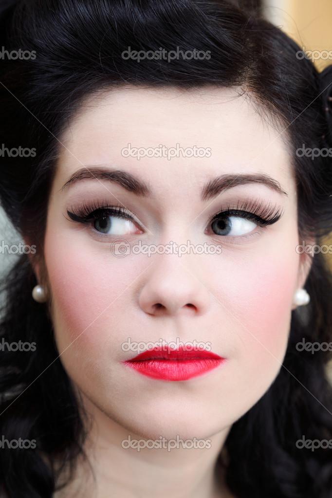 Peinados Y Maquillaje Retro Mujer Chica Pin Up Maquillaje Retro