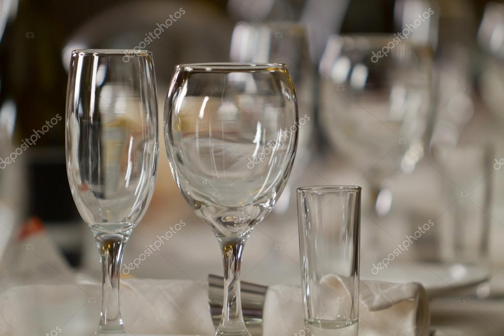 Fine Crystal Table Setting at a Restaurant \u2014 Stock Photo & Fine Crystal Table Setting at a Restaurant \u2014 Stock Photo ...