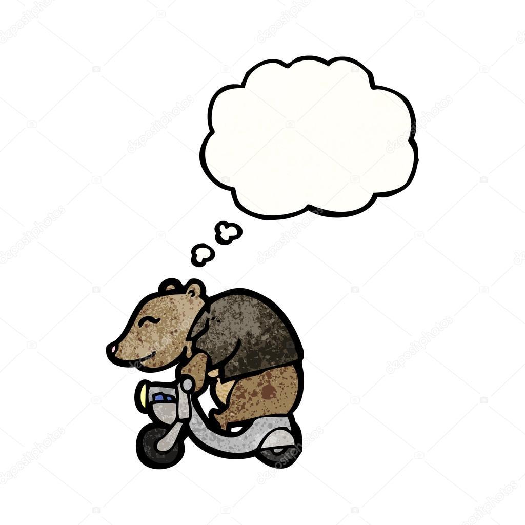 медведь на скутере картинка