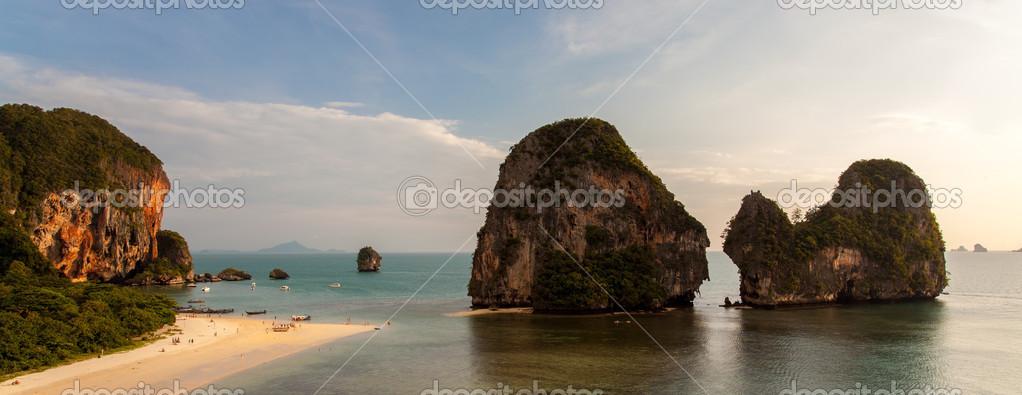 Pinnacles at Pranang beach, Railay