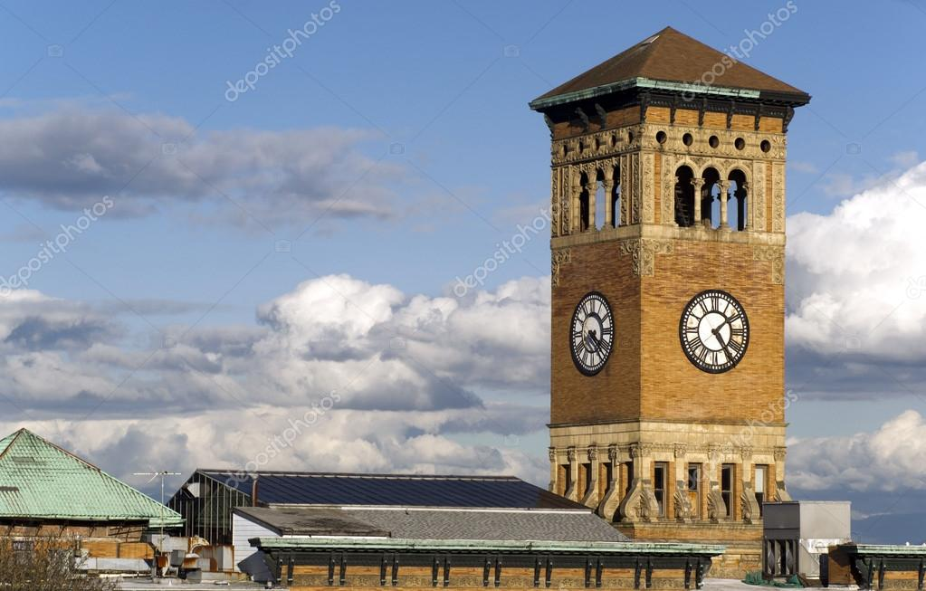 Фотообои Old Tacoma City Hall Brick Building Architectural Clock Tower