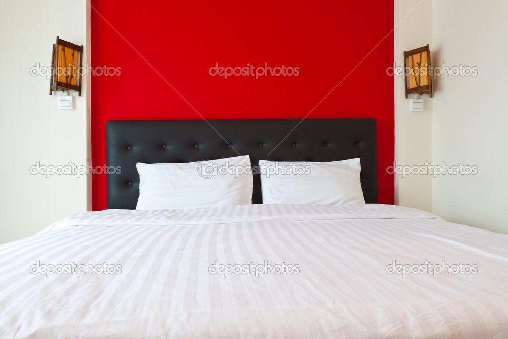 Schlafzimmer Mit Rote Wand U2014 Stockfoto