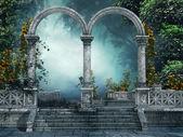 vecchio giardino con archi