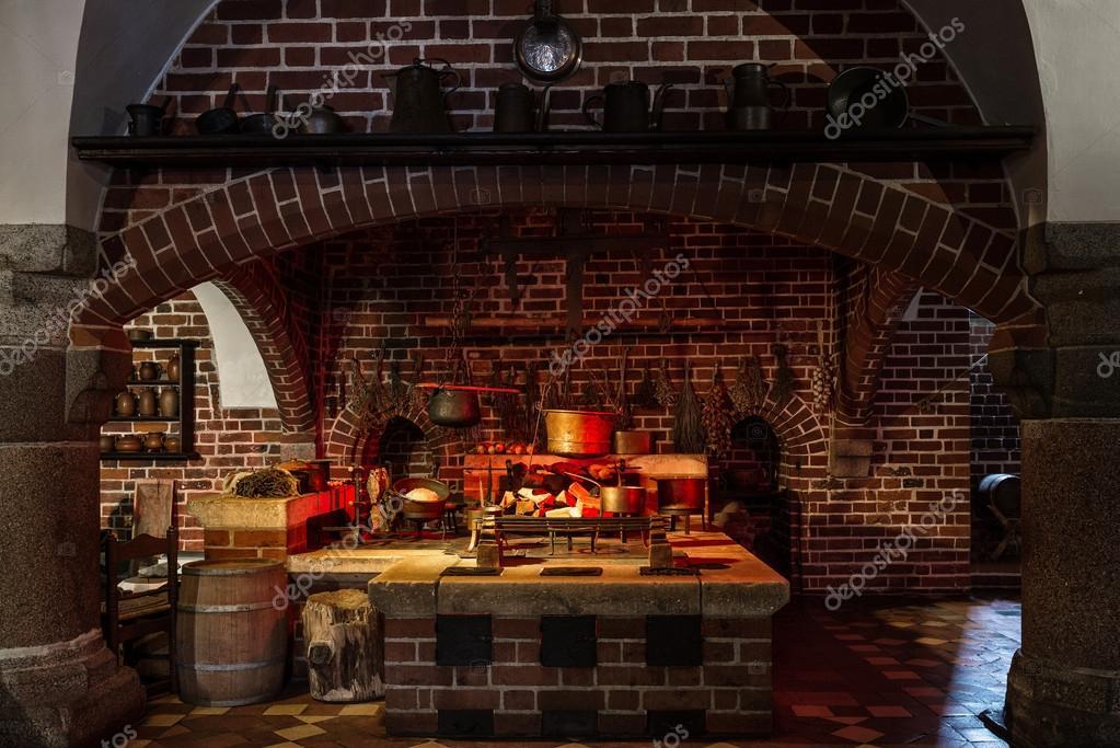 cucina in stile antico — Foto Editoriale Stock © fotorince74 #40348613