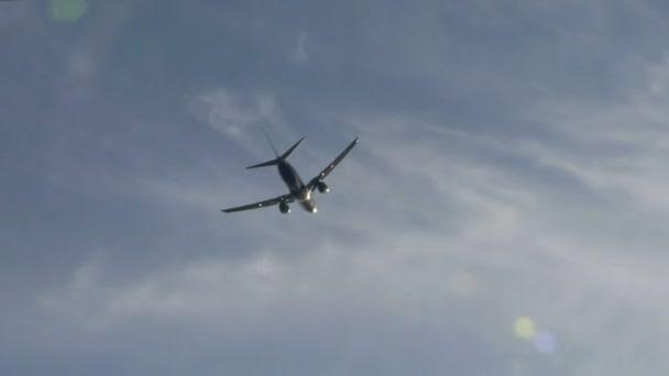 letadla odletět