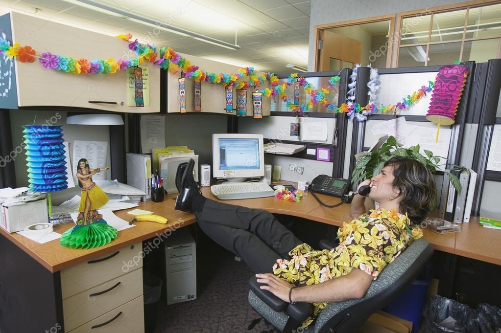 Empresario Con Oficina Decoraci 243 N Hawaiana Fotos De