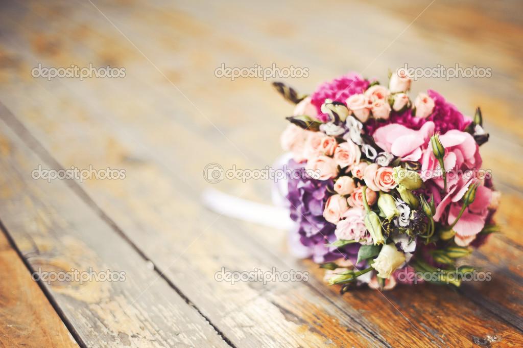 Hochzeitsstrauss Im Sonnenlicht Stockfoto C Manifeesto V 49215783