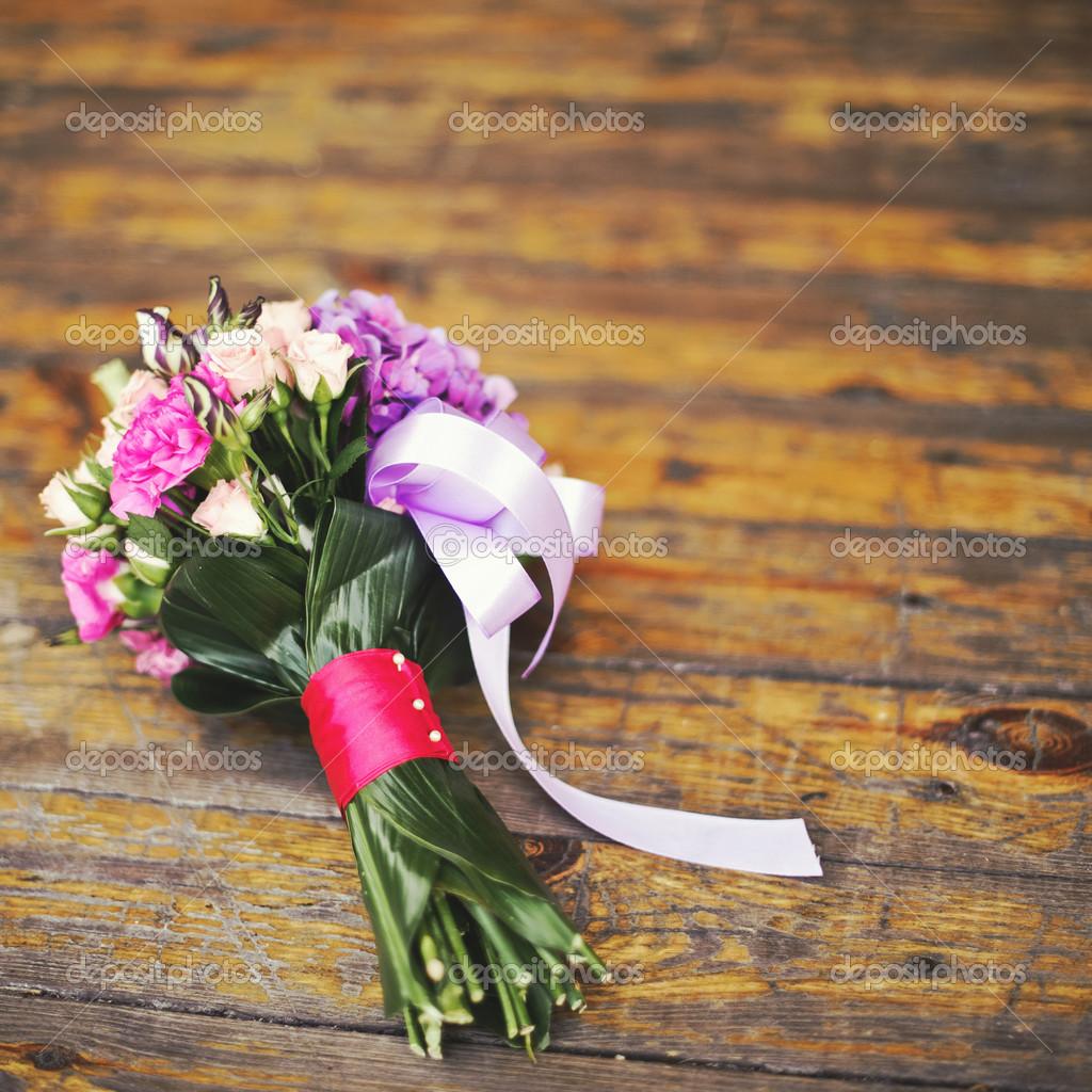 Hochzeitsstrauss Im Sonnenlicht Stockfoto C Manifeesto V 49215827