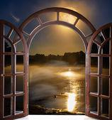 nyitott ajtó negyed