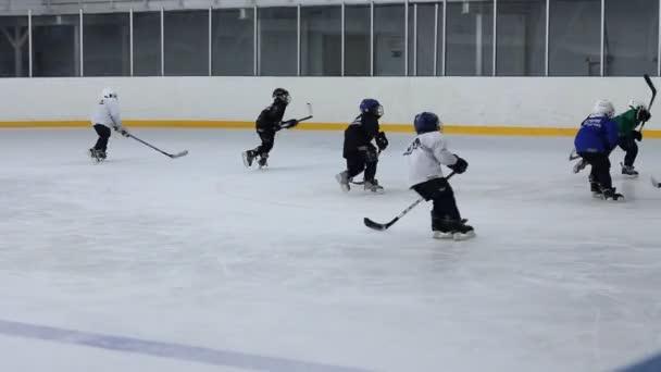 juniorský hokejový zápas