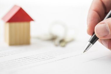 Signing contract of house sale