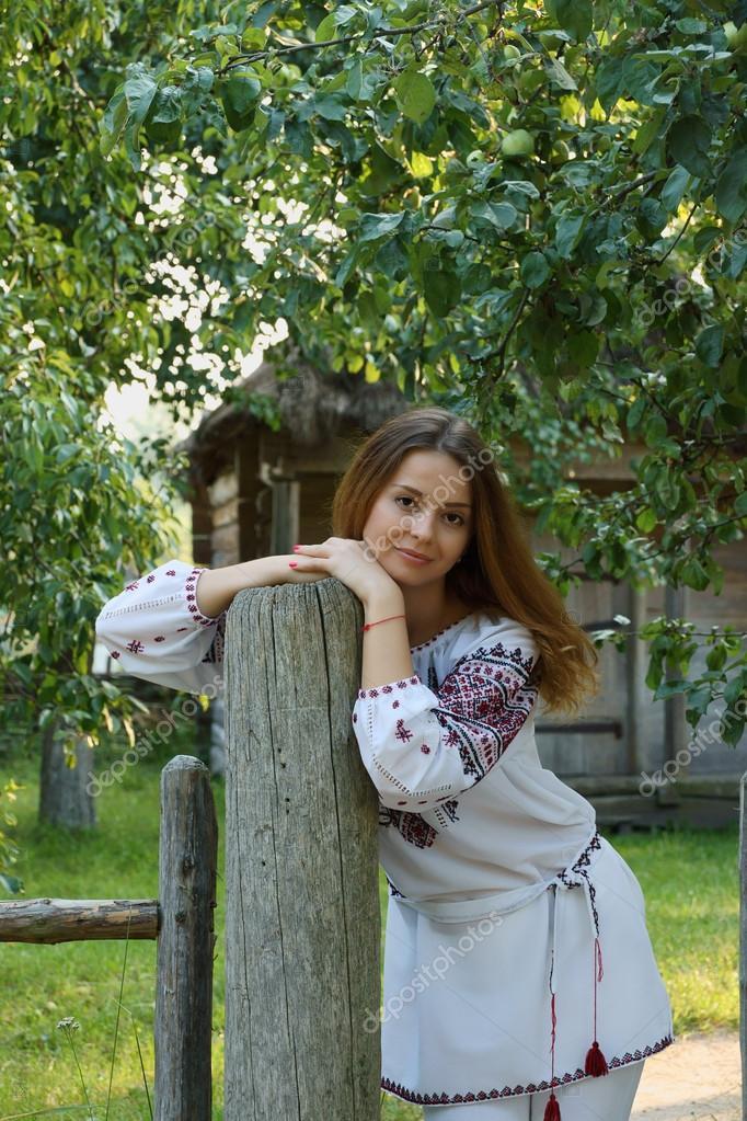 ukrainskie-devushki-chastnoe-smotret-porno-zvezda-aletta