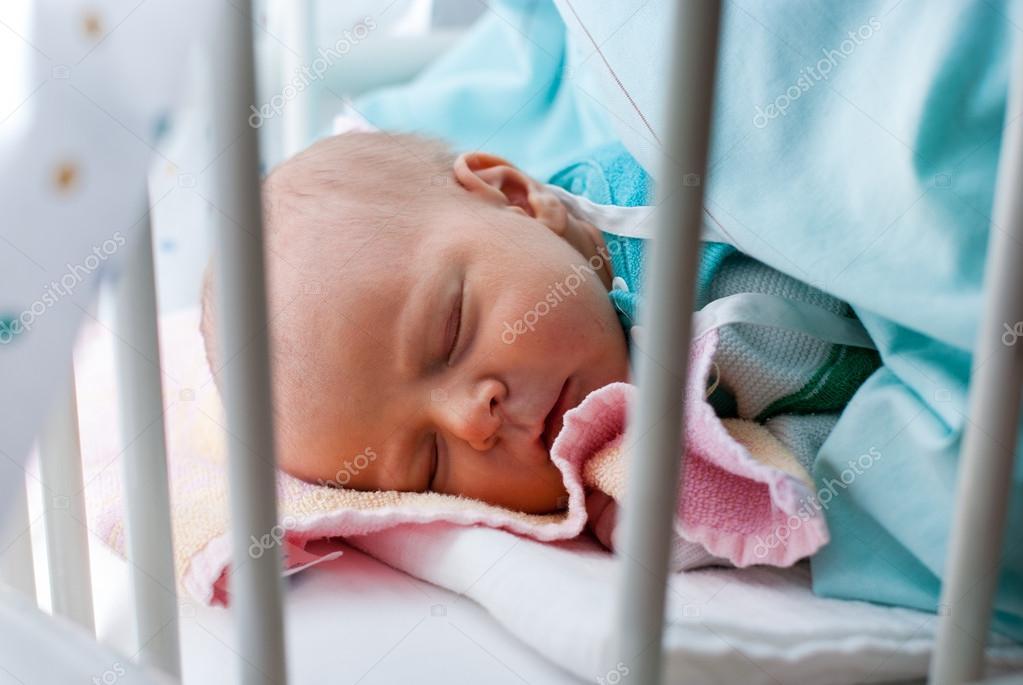 новорожденный ребёнок мальчик фото