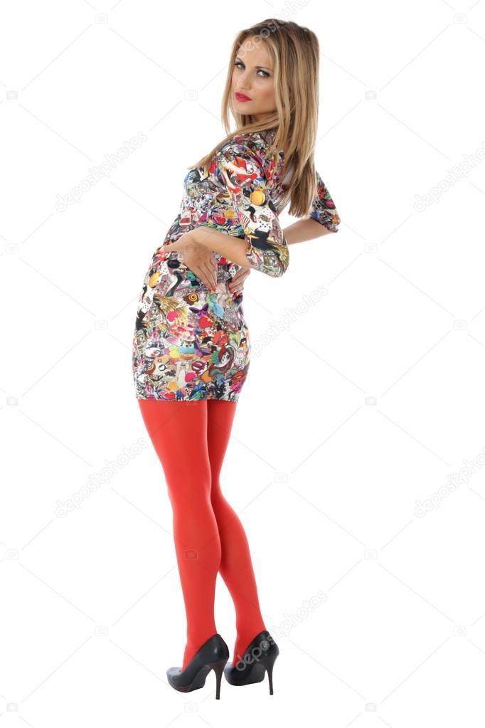 c04dee35d0e8 Modello rilasciato. giovane donna modellistica un breve mini stretto  vestito — Foto di ...