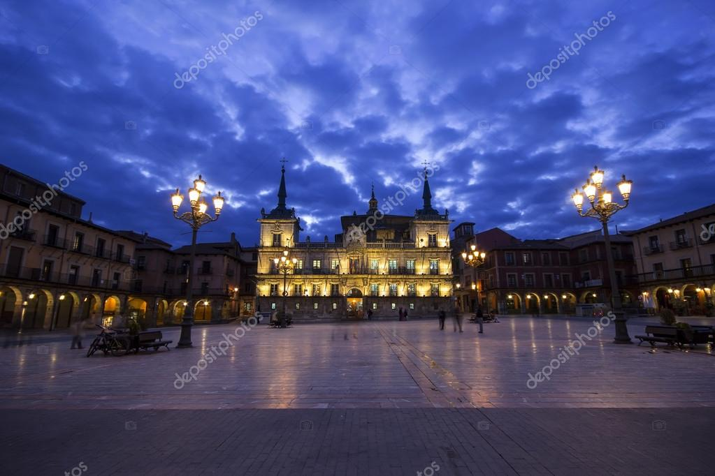 Night view of Plaza Mayor and ancient council of Leon, Spain