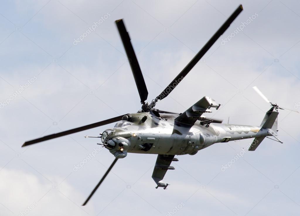 1d2dcd0e6 vrtulník mi-24 hind - České vojenské letectvo — Stock Fotografie ...