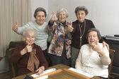 Starší ženy v tabulce hry