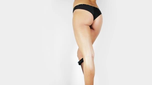 stopmotion sexy ženy nohy a zadek s prádlo spadnutí