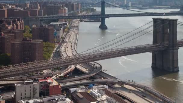 timelapse manhattan skyline a brooklyn bridge z vysoce vantage bod