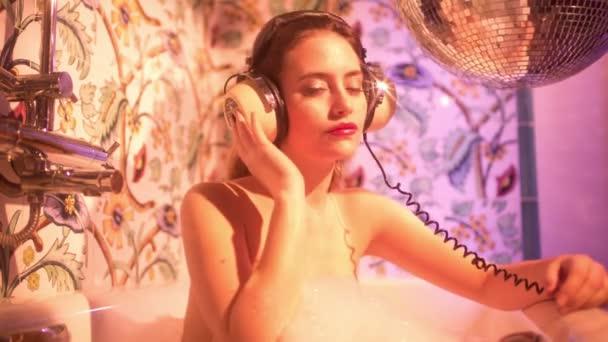 szexi disoc fürdő nő