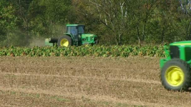 traktory discing a setí pole