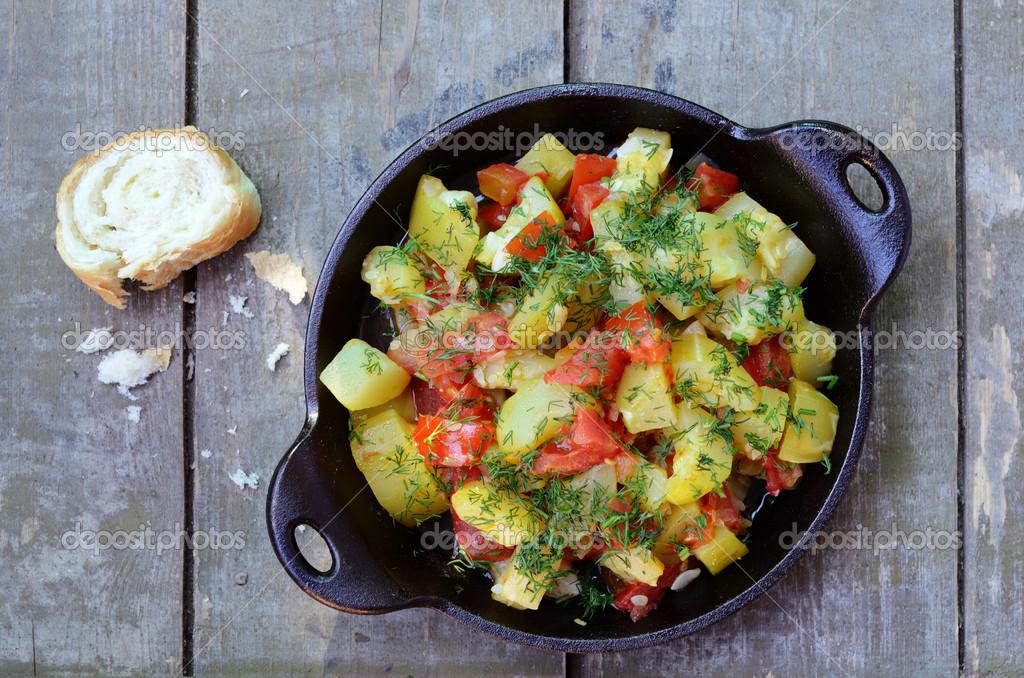 Rago T De Courgettes Et Tomates Fait Maison Photo 25869265