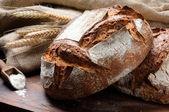 tradiční čerstvě upečený chléb