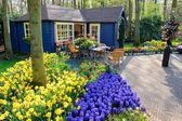 Photo Flower shop in Keukenhof Gardens, Lisse, Netherlands