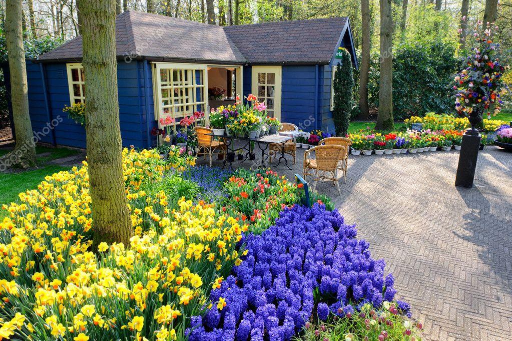 Flower shop in Keukenhof Gardens, Lisse, Netherlands