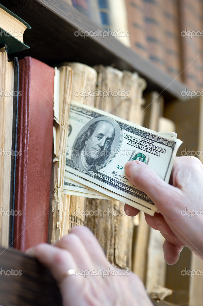 Geld Versteck Stockfoto C Bork 19227201