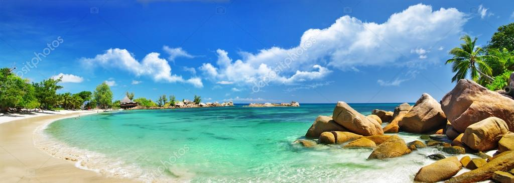 Фотообои Tropical paradise - Seychelles islands, panoramic view