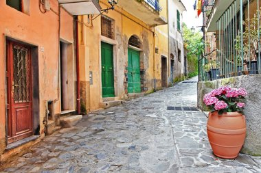 Pictorial streets of Italy.