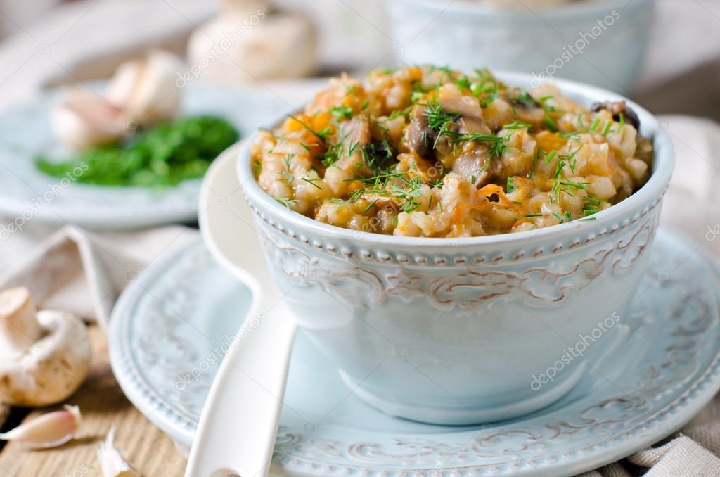 Barley porridge with pumpkin, mushrooms and carrots