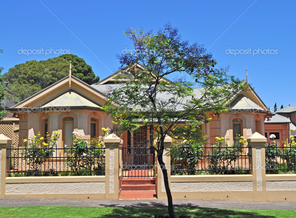 Casa australiana estilo vintage fachada exterior foto for Casas estilo vintage