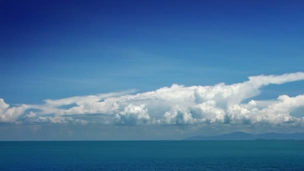 mraky a moře časová prodleva