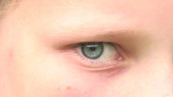Oko dívky 4