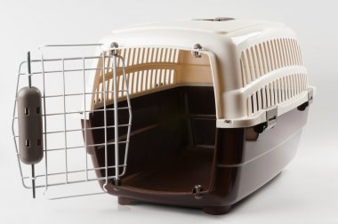 Pet carrier opened