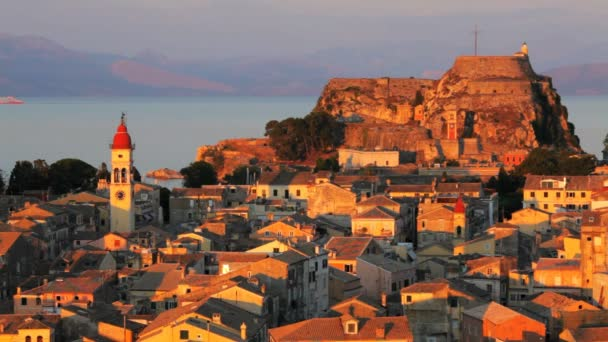 Luftbild vom neuen Festung auf die Stadt mit st. Spyridon Kirche vor Sonnenuntergang, Kerkyra, Korfu, Griechenland