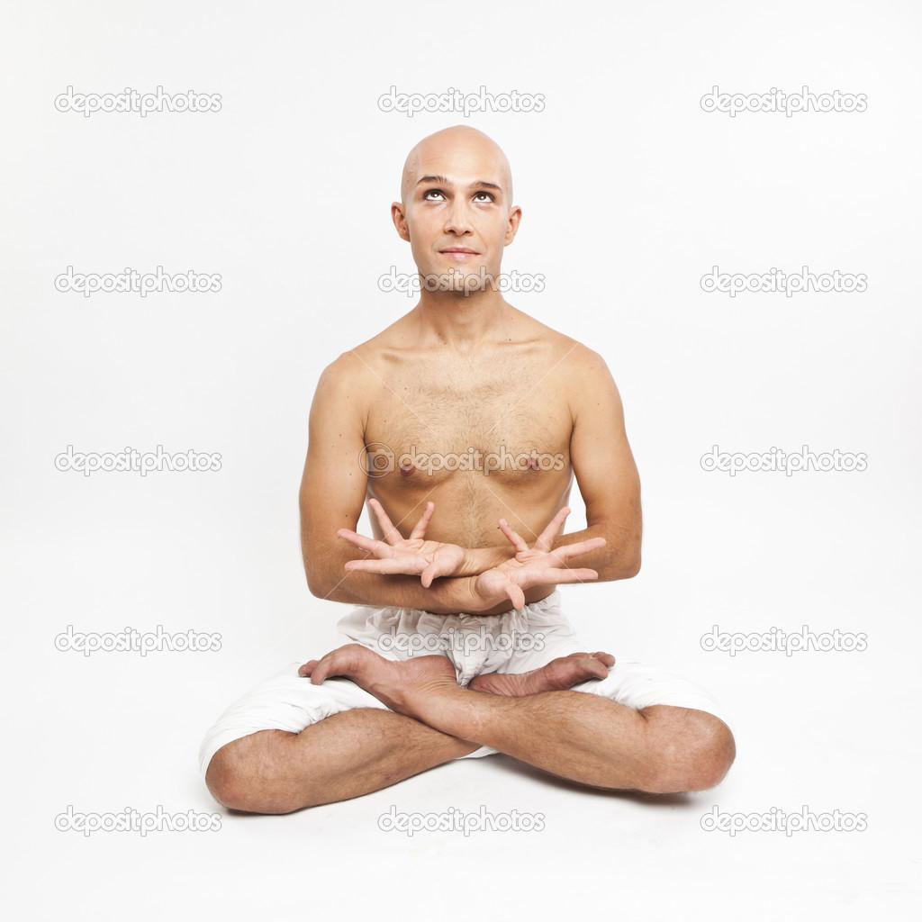 orgazmi-ebutsya-v-poze-lotosa-foto-molodie-video-krasivaya