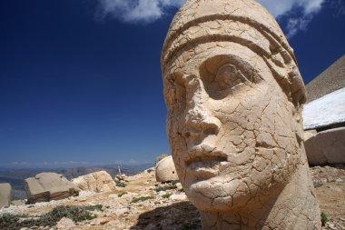 Statue on Nemrut mountain