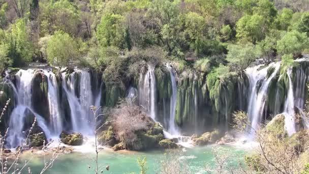 Zobrazit na vodopád