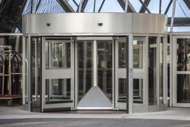 curved glass door